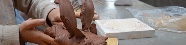 Atelier de modelage d'argile